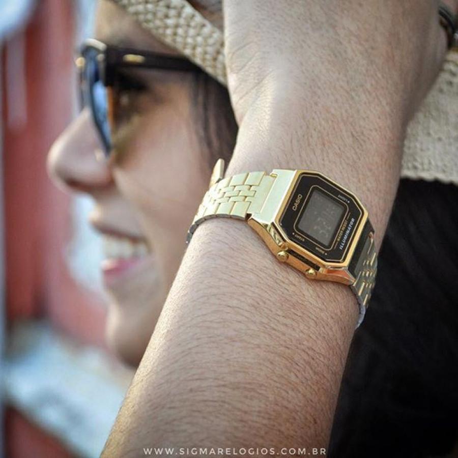 2959f138456 Relógio Casio Vintage Digital Dourado LA680WGA1DF
